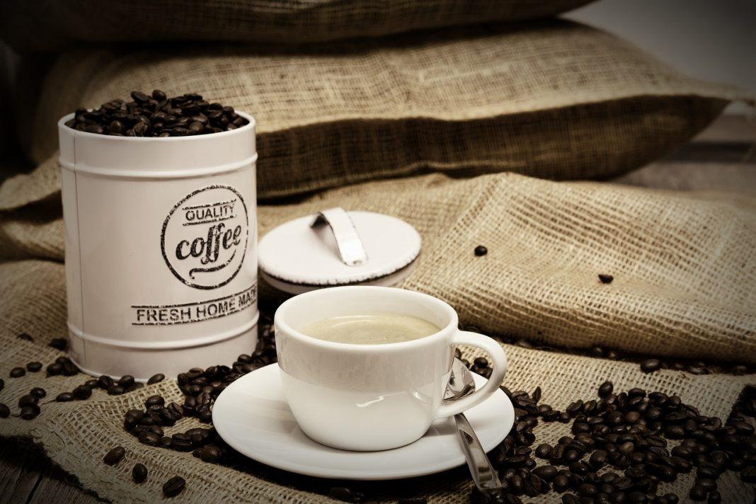 Skład kawy, jakie substancje chemiczne są w kawie i jak działają